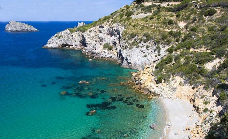 Cala del Gesso ☀️ - Cala del Gesso, a little corner of paradise