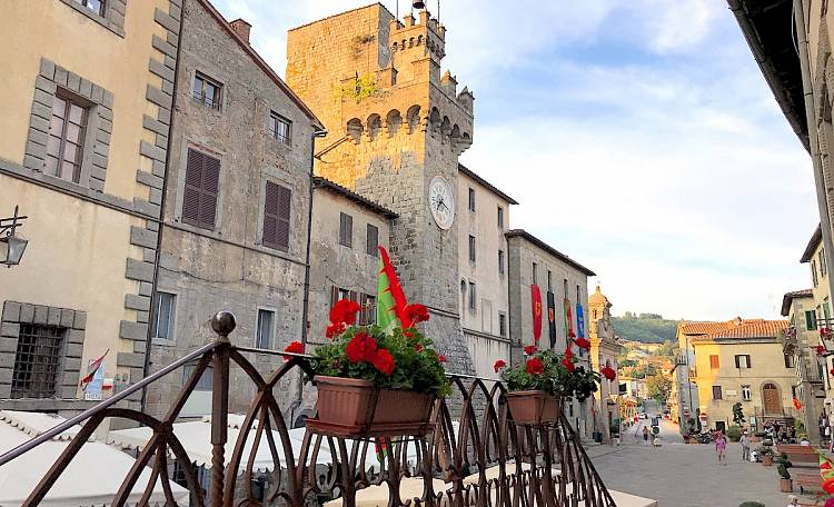 Santa Fiora, the town of water - At the foot of Mount Amiata, it is one of the most beautiful villages in Italy
